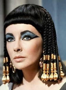 Hollywood Beauty Elizabeth Taylor Passed Away at 79