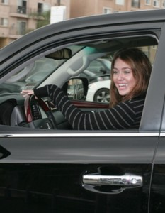 Miley Cyrus Going Green with a Toyota Prius