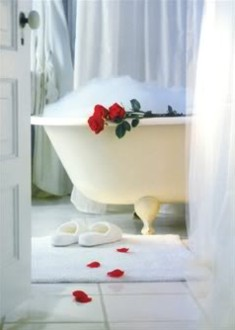 Share an Intimate Bath with Your Lover This Valentines Day