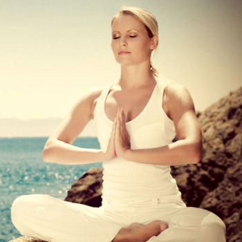 The Endless Physical & Mental Benefits of Yoga